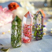 Load image into Gallery viewer, CORAL LIMONIUM - Floral crystal point, faux clear quartz crystal