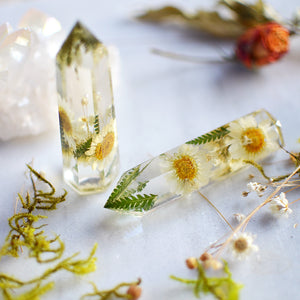 Daisy natural crystal point, Faux clear quartz crystal