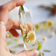 Load image into Gallery viewer, Daisy natural crystal point, Faux clear quartz crystal