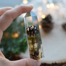 Load image into Gallery viewer, HOLIDAY SPECIAL Obelisk crystal point, flower terrarium décor - Pinecone/moss