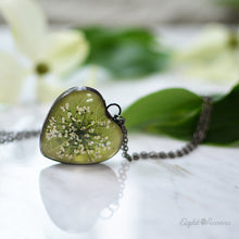Load image into Gallery viewer, Dogwood leaf green heart pendant, terrarium jewelry