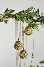 "Load image into Gallery viewer, (Wholesale) Lichen moss sphere necklace, 25"" bronze"