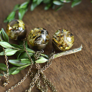 "(Wholesale) Lichen moss sphere necklace, 25"" bronze"
