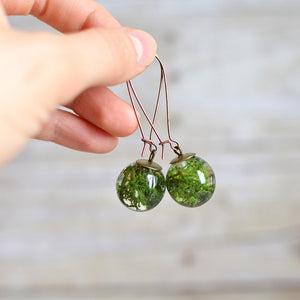 (Wholesale) Real norwegian moss sphere earrings, bronze