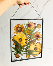 Load image into Gallery viewer, Custom Framed Pressed Flowers