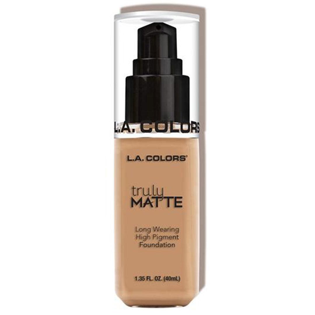 Base Truly Matte - Soft Beige - L.A. Colors - Venta al por Mayor Pack 12PZS (CLM354)