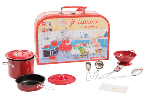 """I am Cooking"" Kitchen Valise"