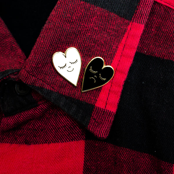 Moody Mini Heart Pin Set