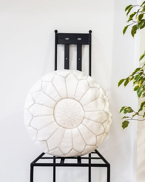 WHITE LEATHER POUF - Milsouls