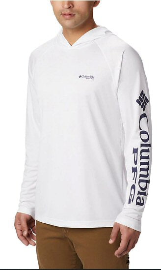 Columbia Terminal Tackle Hoodie a must to protect yourself and stay cool when on the water or trail. Shop Bennetts Clothing for a large selection of mens outdoor shirts and shorts