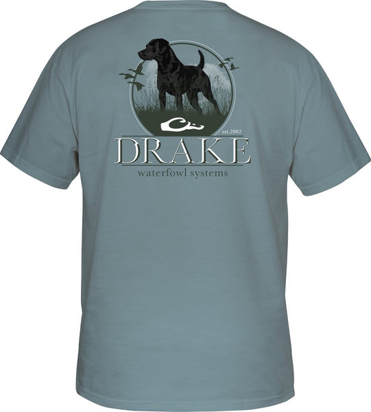 Drake Standing Black Lab T-Shirt brings out the duck and dog lover in all of us. Shop Bennetts Clothing for a large selection of outdoor wear from the brands you love.