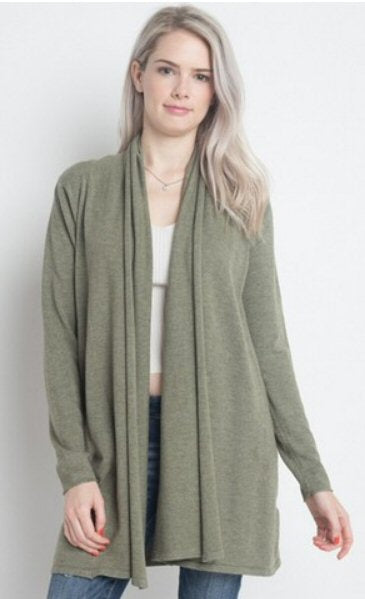 Dreamers by Debut cardigan sweater is so soft and fashionable. Shop Bennetts Clothing where you can always find the latest and greatest in womens fashions.