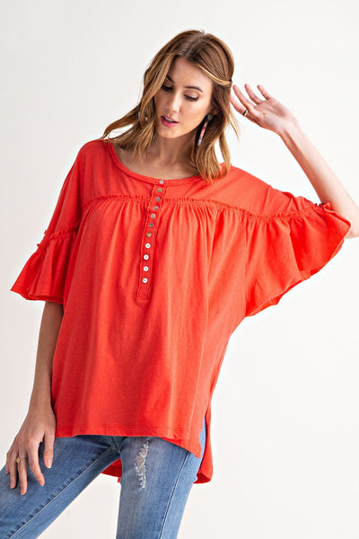 Easel Button-down over-sized tunic top is so chic and perfect for warmer weather ahead. Shop Bennetts Clothing for the latest in name brand fashions