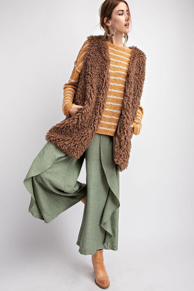 Easel Splendidly Shaggy Faux Fur Vest-Mocha