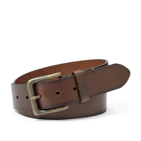 The Artie leather belt from Fossil will polish off your refined look. Shop Bennetts Clothing for the styles you want from the brands you love