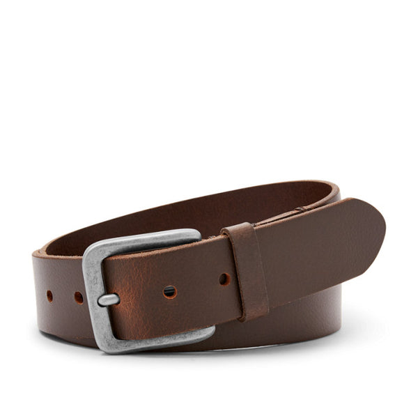 The Otis leather belt from Fossil adds style to any outfit. Shop Bennetts Clothing for the styles you want from the brands you love
