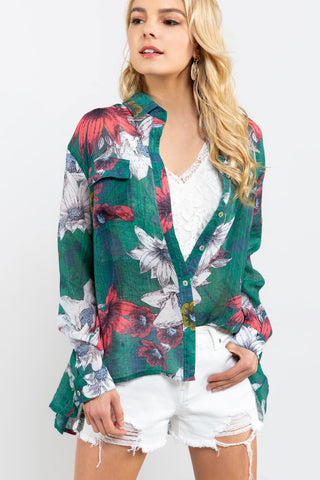 POL Tropical print shirt is perfect for summer and that casual beach look. Shop Bennetts Clothing for the latest in women's fashions shipped same day..