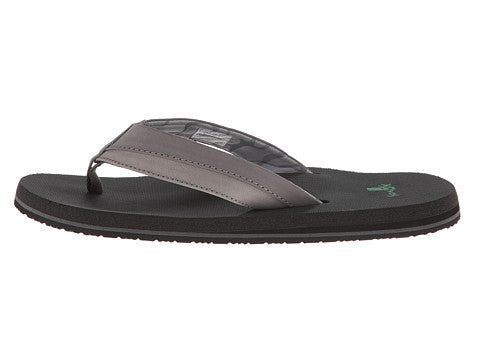 Sanuk Men's Beer Cozy Light Flip Flop-Charcoal - Bennett's Clothing - 2