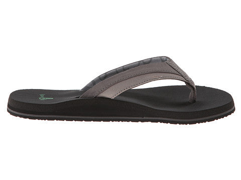 Sanuk Men's Beer Cozy Light Flip Flop-Charcoal - Bennett's Clothing - 4