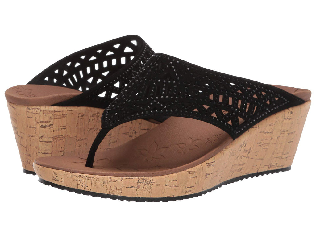 Skechers Beverlee Summer Visit platform wedge sandal sets your style apart from the rest. Shop Bennetts Clothing for a large selection of womens sandals with great prices and same day shipping