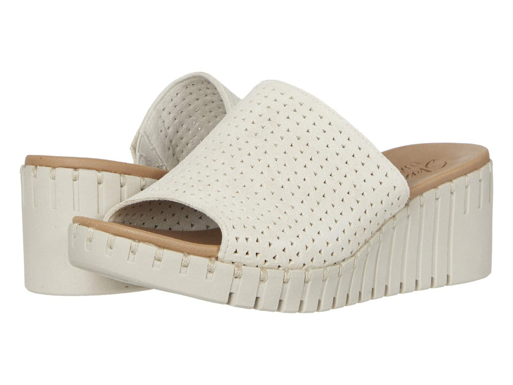 Skechers Pier Ave Urban Escape wedge sandal sets your style apart from the rest. Shop Bennetts Clothing for a large selection of womens sandals with great prices and same day shipping