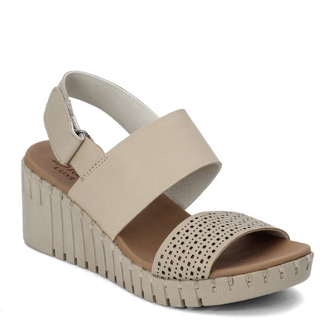 Skechers Pier Ave. wedge sandal sets your style apart from the rest. Shop Bennetts Clothing for a large selection of womens sandals with great prices and same day shipping