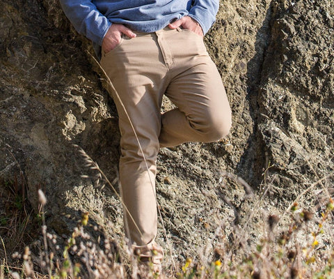 Southern Marsh Brazos Stretch Twill Pant was made for the modern gentleman. Shop Bennetts Clothing where you find the best brands and same day shipping.