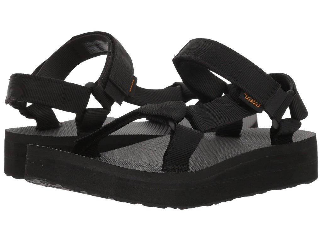 Teva Midform Universal Sandals are cute, casual and made for women on-the-go. Shop Bennetts Clothing for a large selection of Teva sandals to fit the whole family.