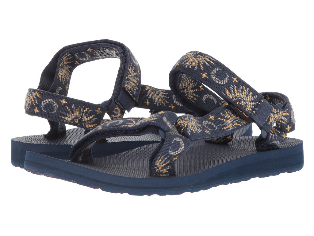 Teva Original Universal sandal will be as comfortable at the end of the trail as the beginning. Shop Bennetts Clothing for a large selection of sandals from the brands you love.
