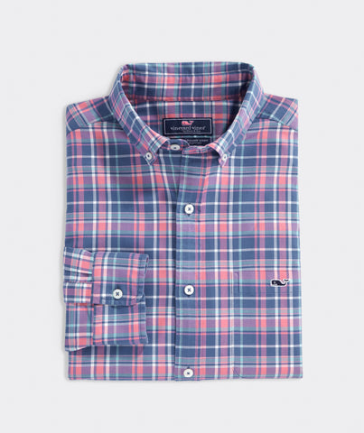Vineyard Vines Classic Lyle Tucker Shirt looks great dressed up with a jacket or down with your chinos or shorts. Shop Bennetts Clothing for a large selection of the latest fashions from Vineyard Vines