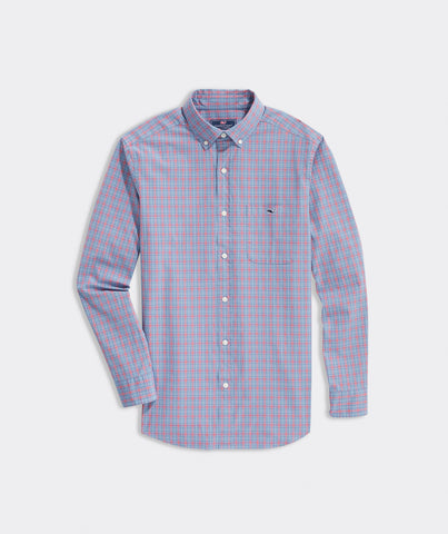 Vineyard Vines Classic Masthead Tucker Shirt looks great dressed up with a jacket or down with your chino shorts. Shop Bennetts Clothing for a large selection of the latest fashions from Vineyard Vines