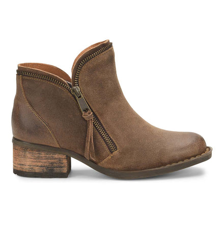 Born Montoro Ankle Boots have western flare and will match so much of your wardrobe. Shop Bennetts Clothing for a large selection of womens boots with same day shipping