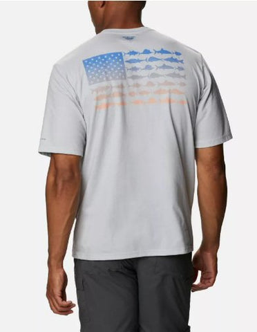 Columbia PFG Fish Flag short sleeve performance t-shirts are a must to stay cool when on the water or trail. Shop Bennetts Clothing for a large selection of mens outdoor shirts and shorts
