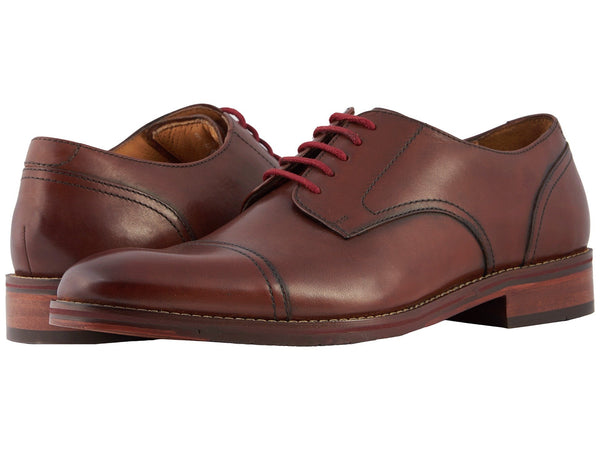 Florsheim Salerno Cap Toe Oxford Shoes really makes a mans outfit shine. Shop Bennett's Clothing for the best in name-brand menswear with same day shipping