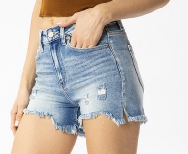 KanCan High Rise Fray Short-Medium Wash