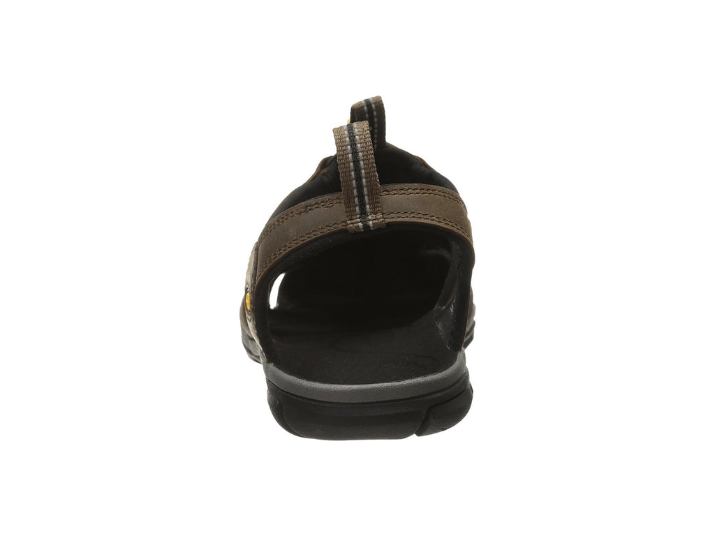b86aad5a032 ... KEEN Men s Clearwater CNX Leather sandal-Dark Earth-Black ...