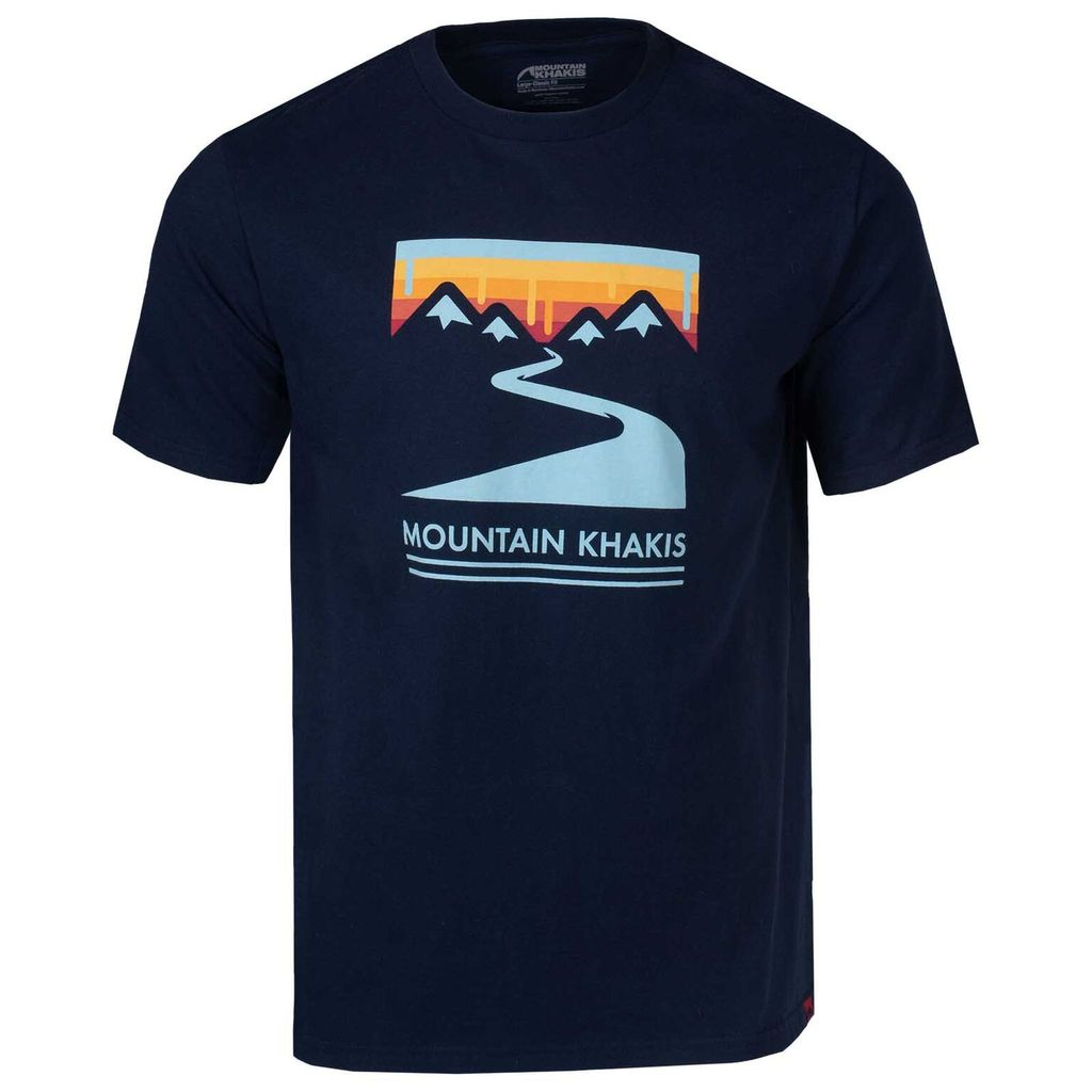 Mountain Khakis Snake River t-shirt is certified organic cotton that's perfect for chilling at your favorite water hole. Shop Bennetts Clothing for only the best in name brand menswear with same day shipping