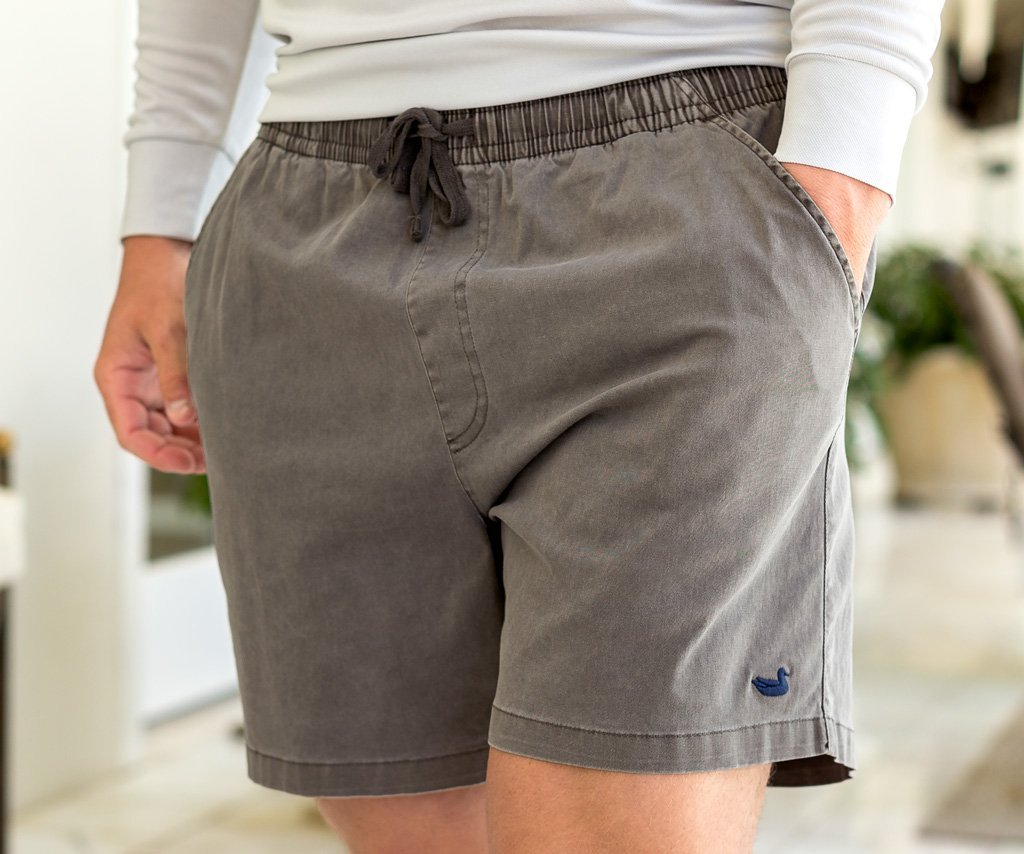 Southern Marsh Hartwell Short will fit right in with your active lifestyle. Shop Bennetts Clothing where you find the best brands and same day shipping.