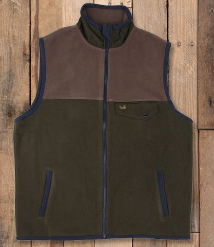 Southern Marsh Fieldtec Fleece Vest will keep warmth on your side this winter. Shop Bennetts Clothing for only the best in name brand menswear with same day shipping