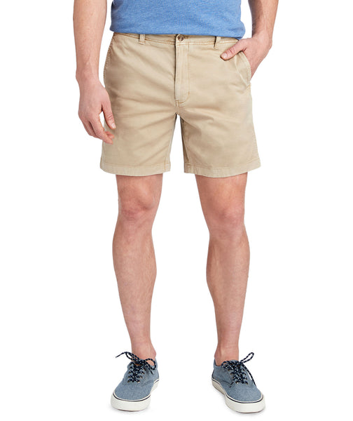"Vineyard Vines 7"" Island Short is a Summer essential short for men."