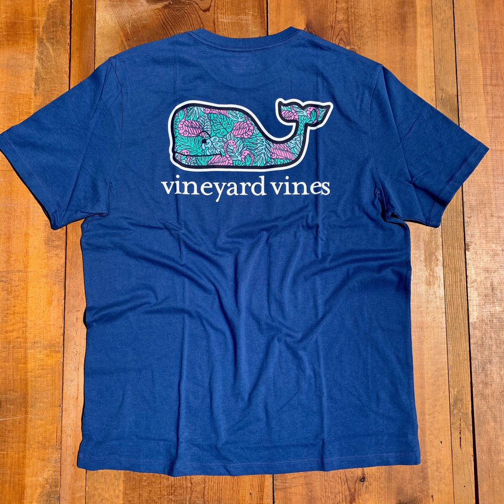 Vineyard Vines Flamingo and Leaves Whale Fill Short Sleeve T-shirt-Moonshine
