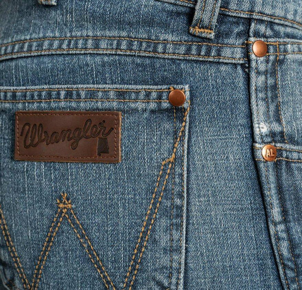 Wrangler Rooted Collection gets its southern roots from Athens Alabama. Shop Bennett's Clothing for the brands you want at the prices you will love.