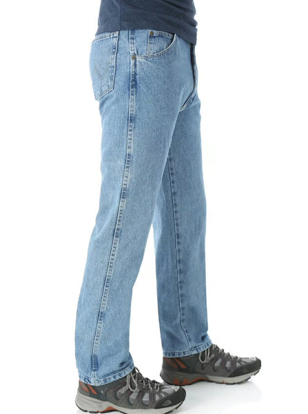 Wrangler Rugged Wear Classic Fit Jean-Rough Wash