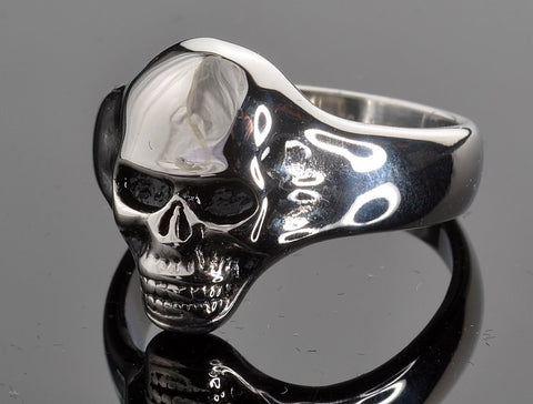 VJ1050 Stainless Steel Men's Small Skull Ring