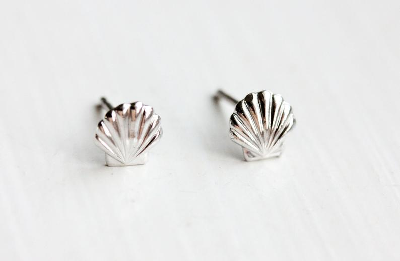 Diament Jewelry - Silver Shell Studs - KINDRED-the boheme collective