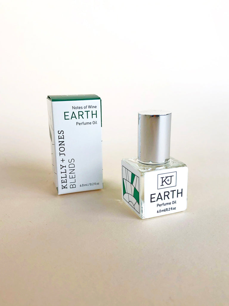Kelly + Jones - BLENDS Perfume Oil: Earth - KINDRED-the boheme collective