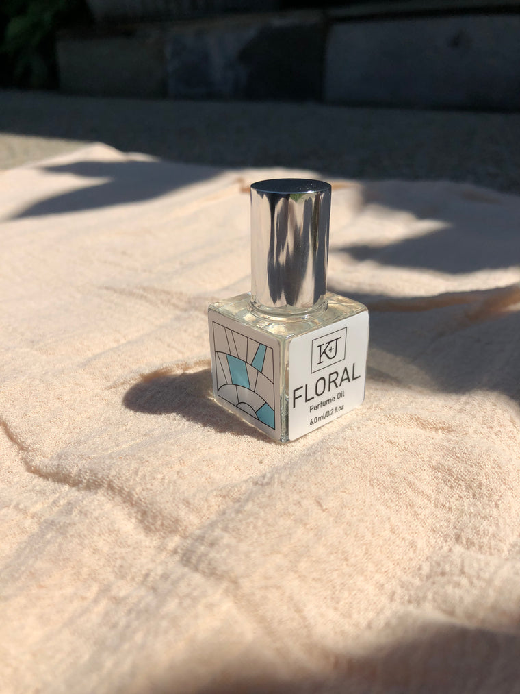 Kelly + Jones - BLENDS Perfume Oil: Floral