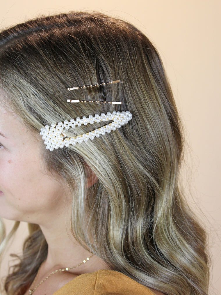 Pearl Cluster Clip w/ Bobby Pins
