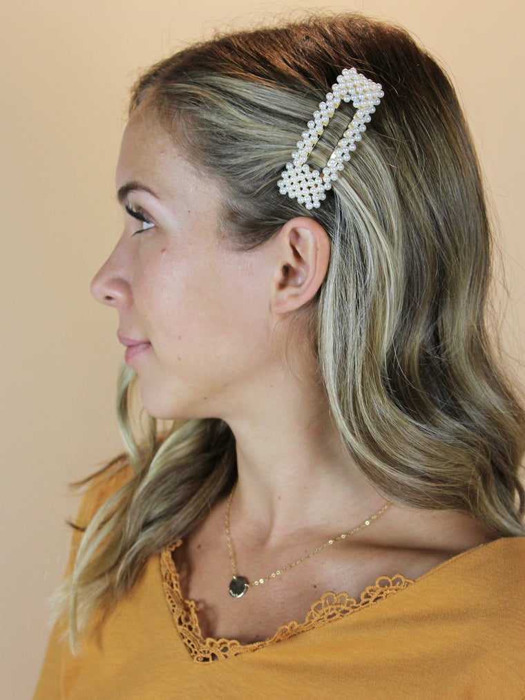 Pearl Cluster Snap Hair Clip