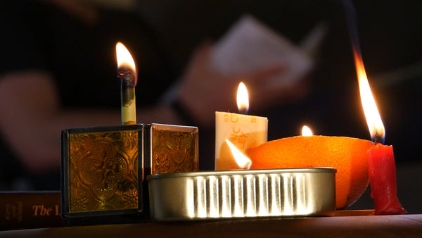 Don't Suffer During a Blackout! 5 Easy Hacks to Make DIY Emergency
